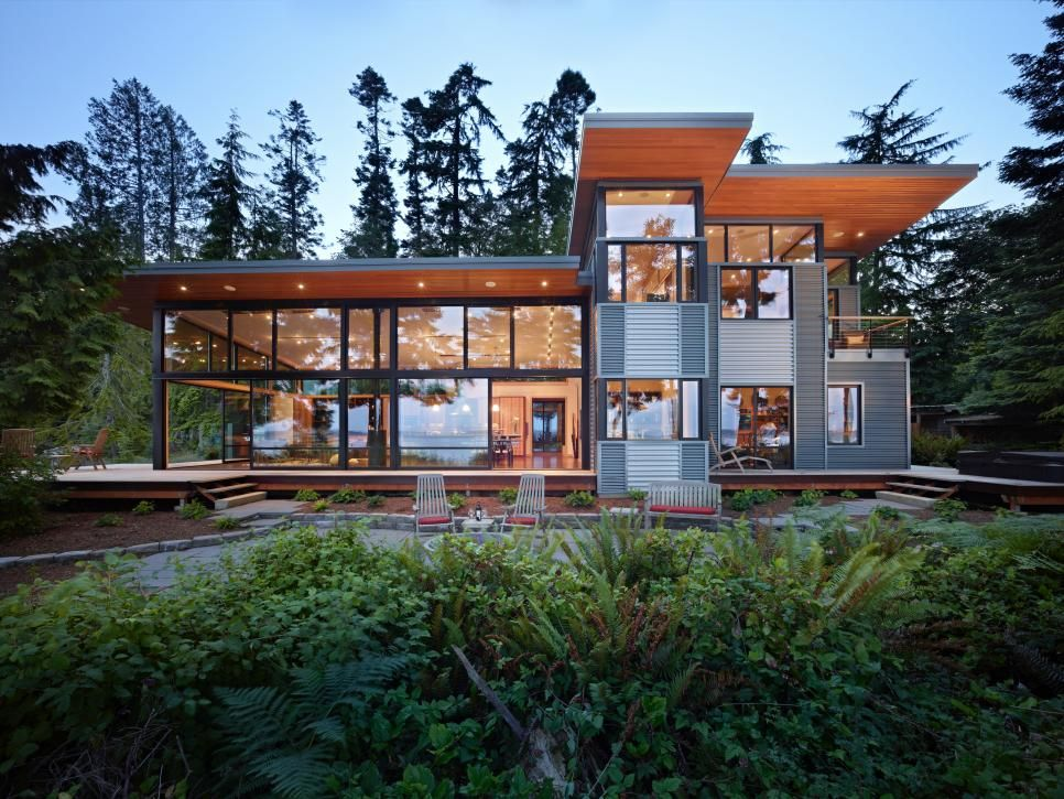 Contemporary Home Designed for Indoor-Outdoor Living A well, Metal