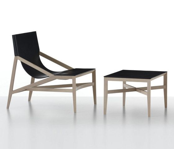 Armchairs | Seating | 470-472 Pilotta | Cassina | Rodolfo. Check it out on Architonic