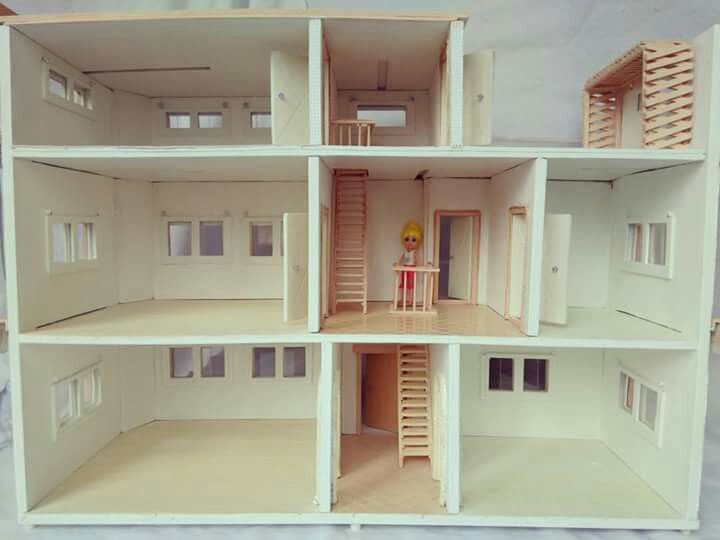 my first professional doll house for polly pocket dolls used foam