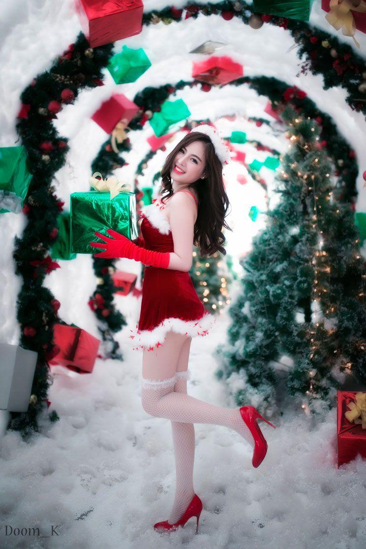 9p a dream for christmas christmas girls sexy dream - A Dream For Christmas