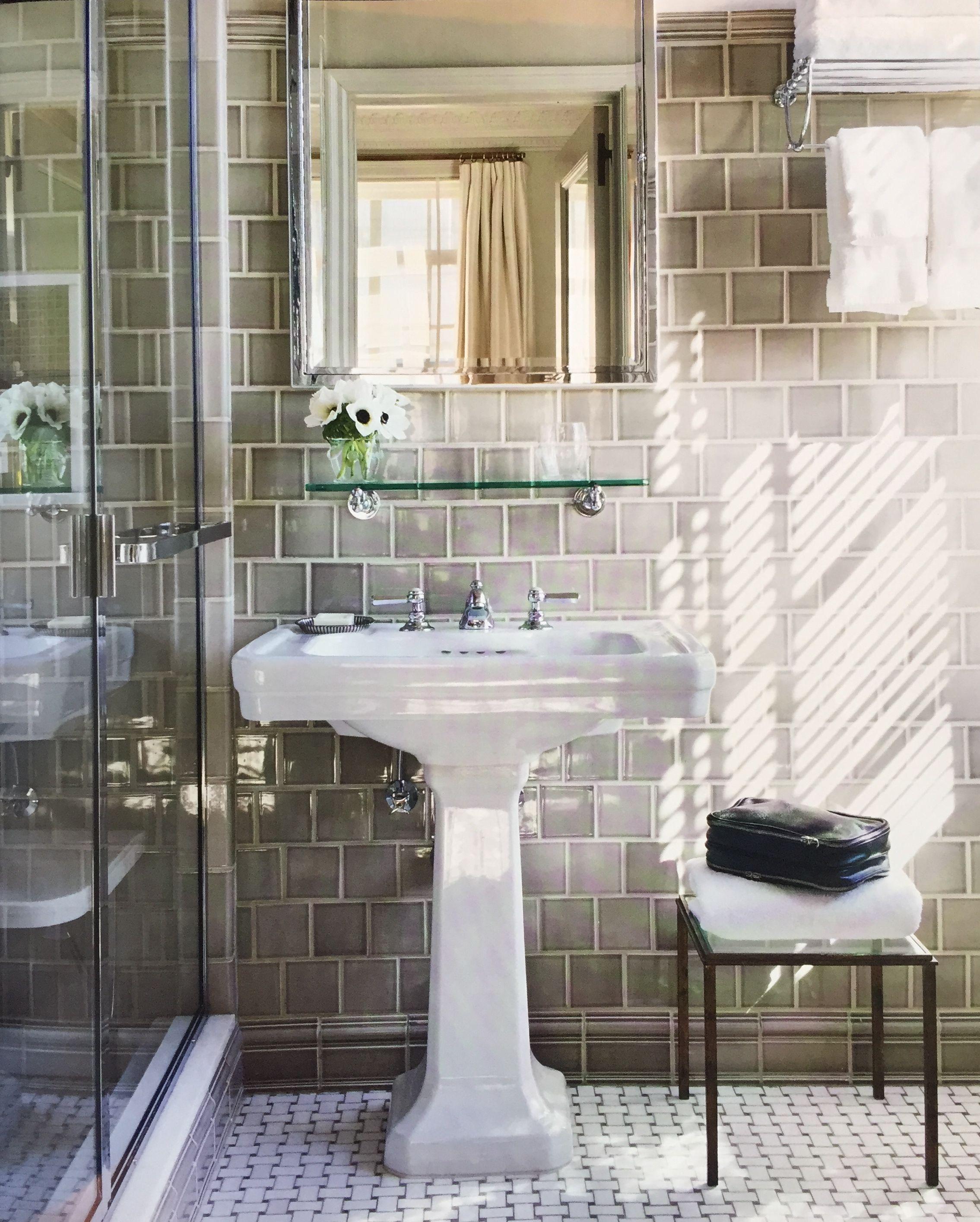 Aerin Lauder S Nyc Bathroom Grey Tile Dream Bathroom Master Baths Gorgeous Bathroom Apartment Bathroom [ 2829 x 2269 Pixel ]