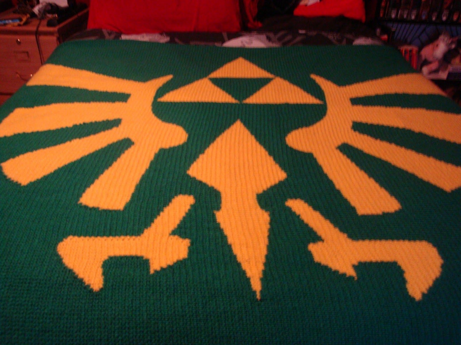 Legend Of Zelda Knitting Pattern : Zelda knitted blanket craft videogames pinterest
