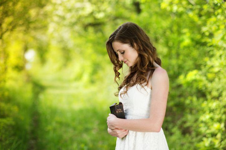 Resultado de imagen para Mujeres buscando de Dios