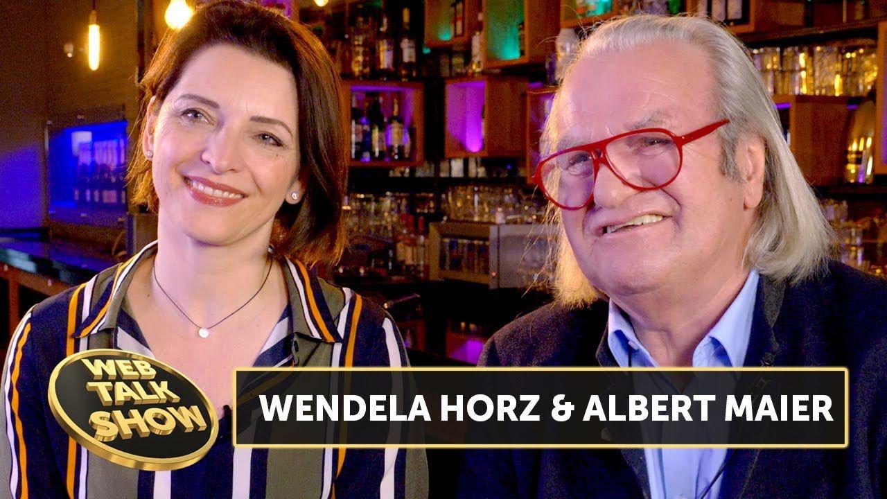 Albert Maier Wendela Horz Der Druck Bei Bares Fur Rares Ist Enorm In 2020 Bares Fur Rares Bar Videos