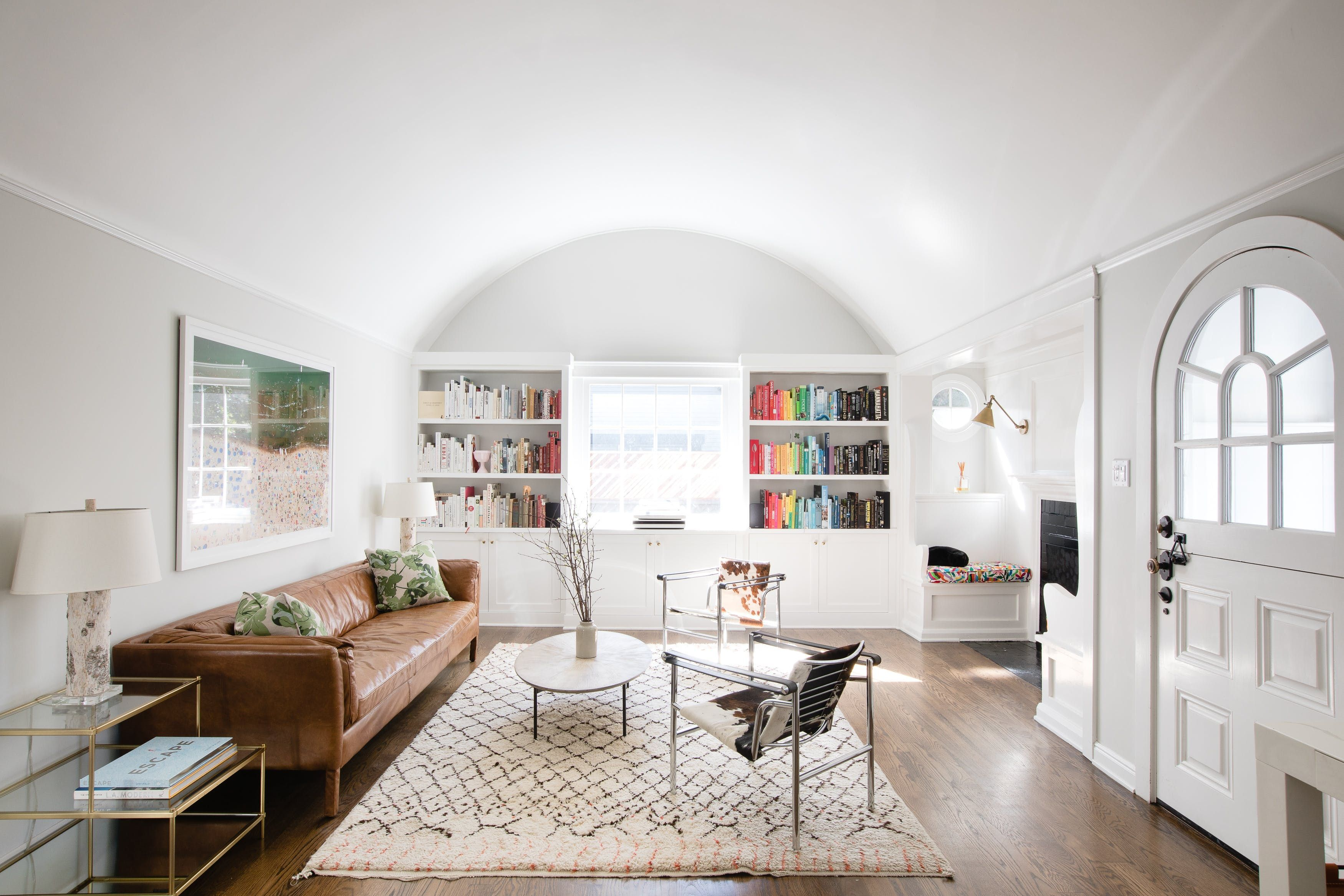 Cupcakes And Cashmere Founders Sunny Los Angeles Home To Build A