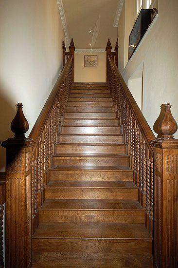 Best Dark Oak Staircase Barley Twist Furniture New Homes 400 x 300