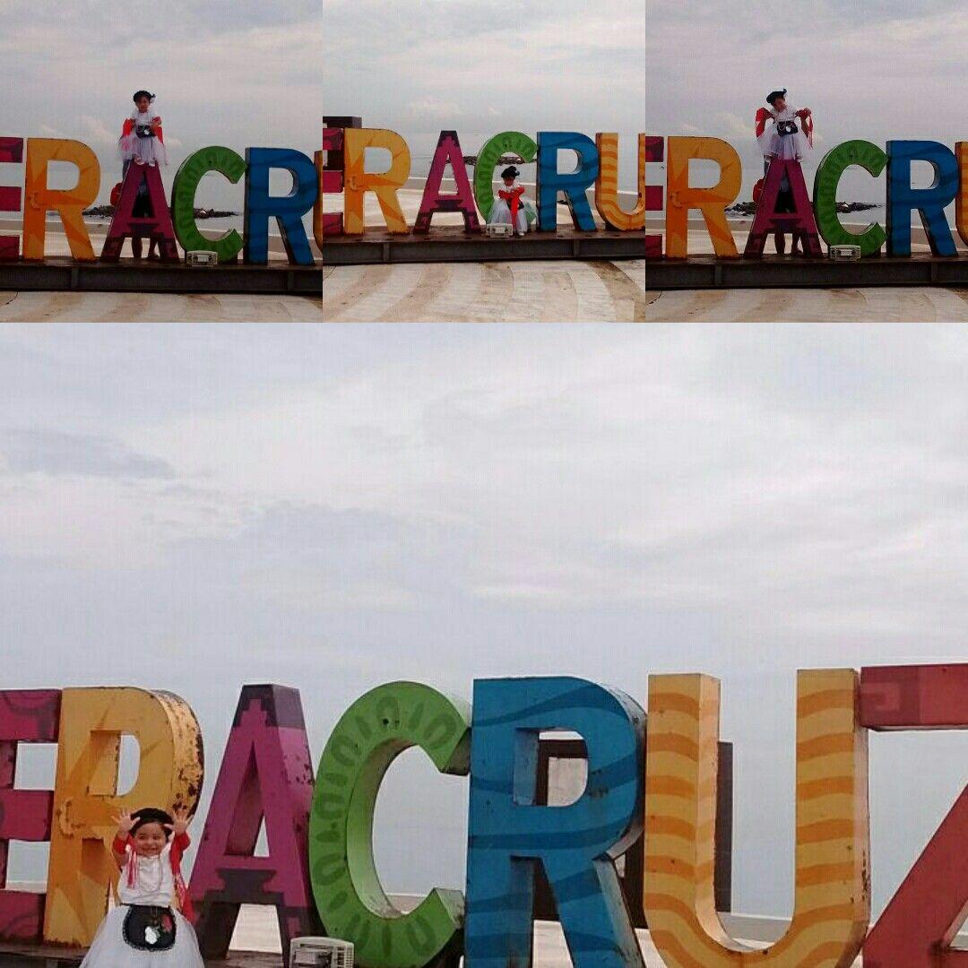 Día de la Independencia de México, Traje de jarocha.
