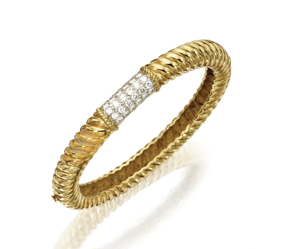 karat gold and diamond banglebracelet van cleef u arpels set