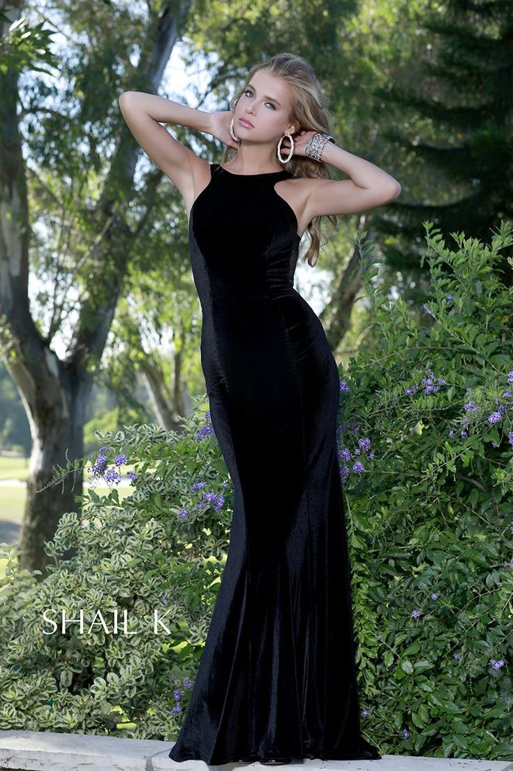 Stunning black dress formalblackdresswomensfashionsad fashion
