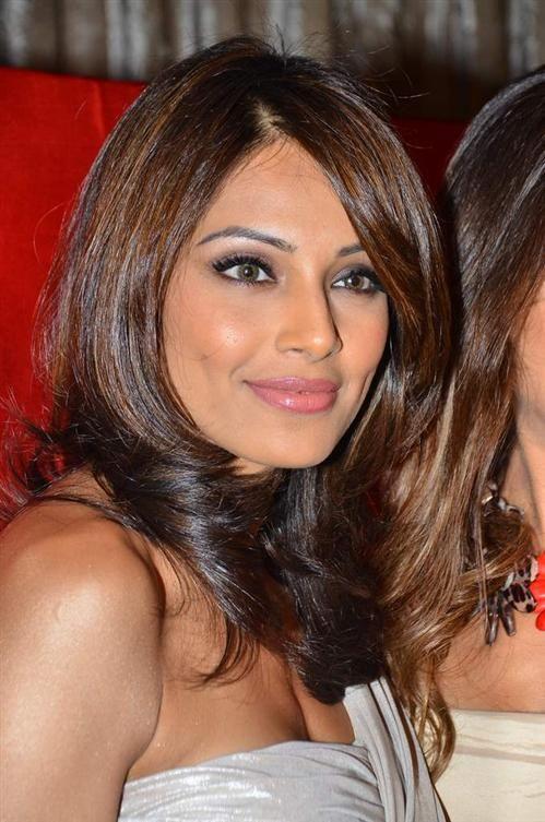 Bipasha Basu Brown Hair Indian Skin Medium Brown Hair Color