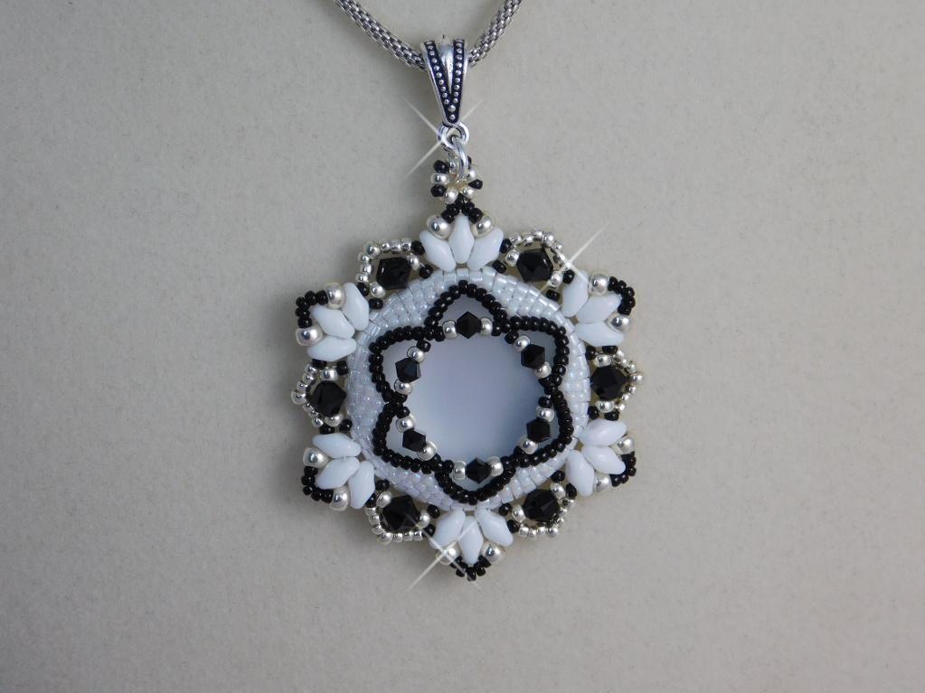 Hannah Pendant Bead Tutorial | Beads tutorial, Tutorials and Beads