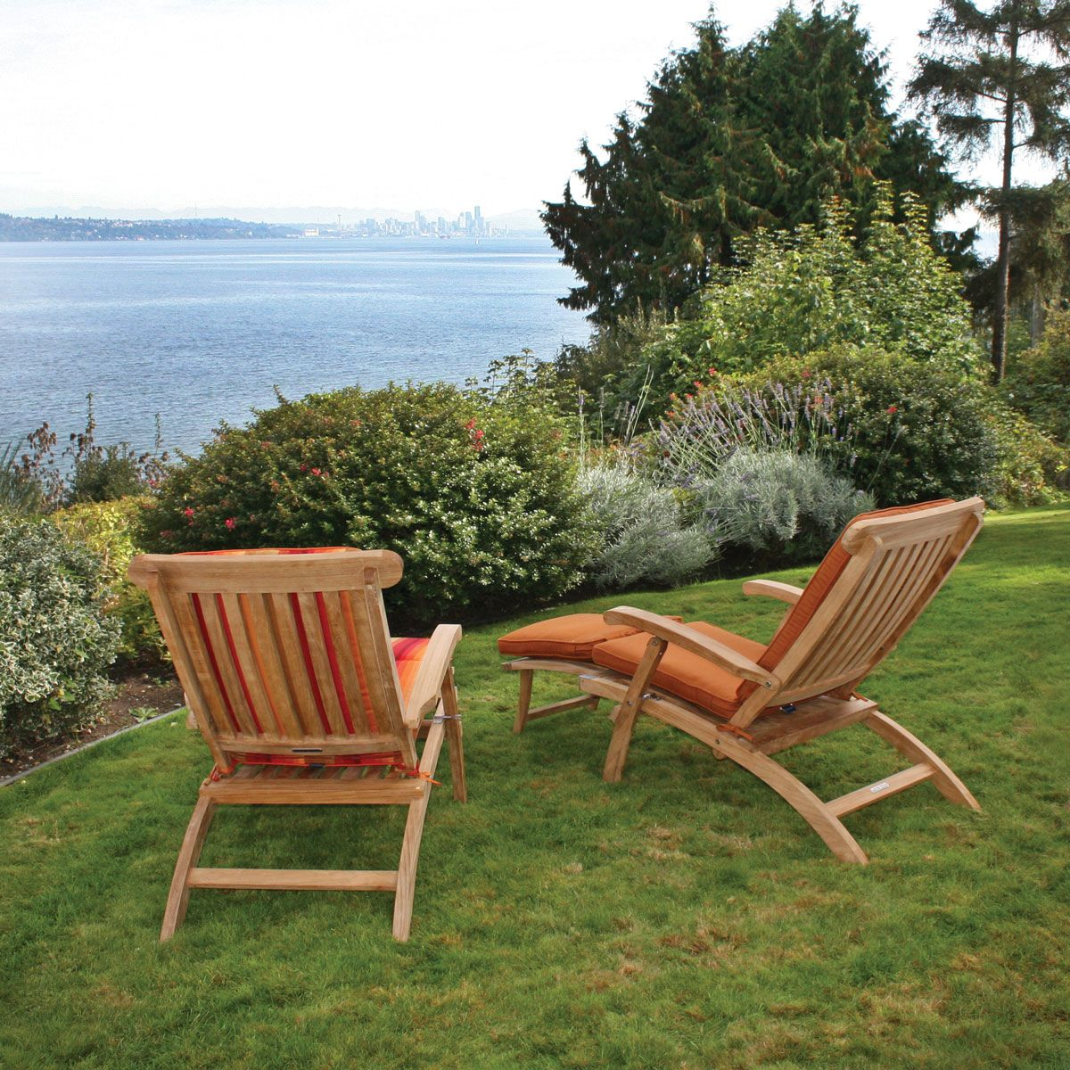 Amazing Teak Steamer Chair | Classic Outdoor Teak Deck Chair | Thos. Baker