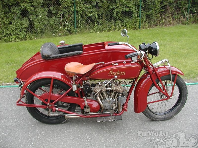 Indian Scout Bobber !! A Superbike To Admire !! - YouTube