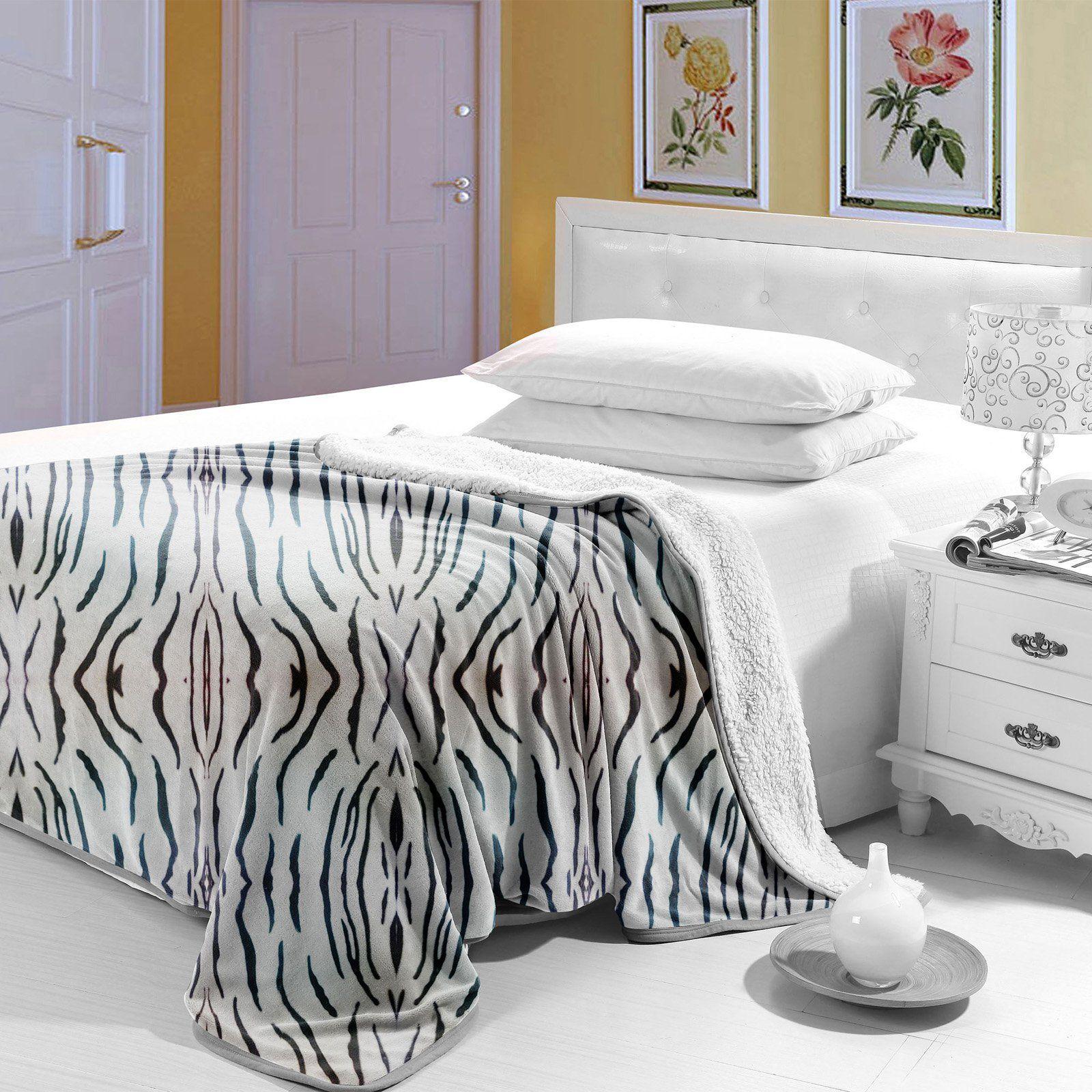Lavish home animal print fleece blanket with sherpa backing
