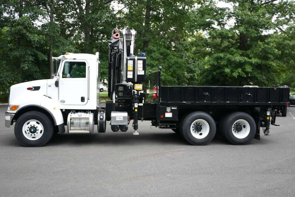 Specifications for the 2014 PM 38525SPLC KNUCKLEBOOM TRUCK