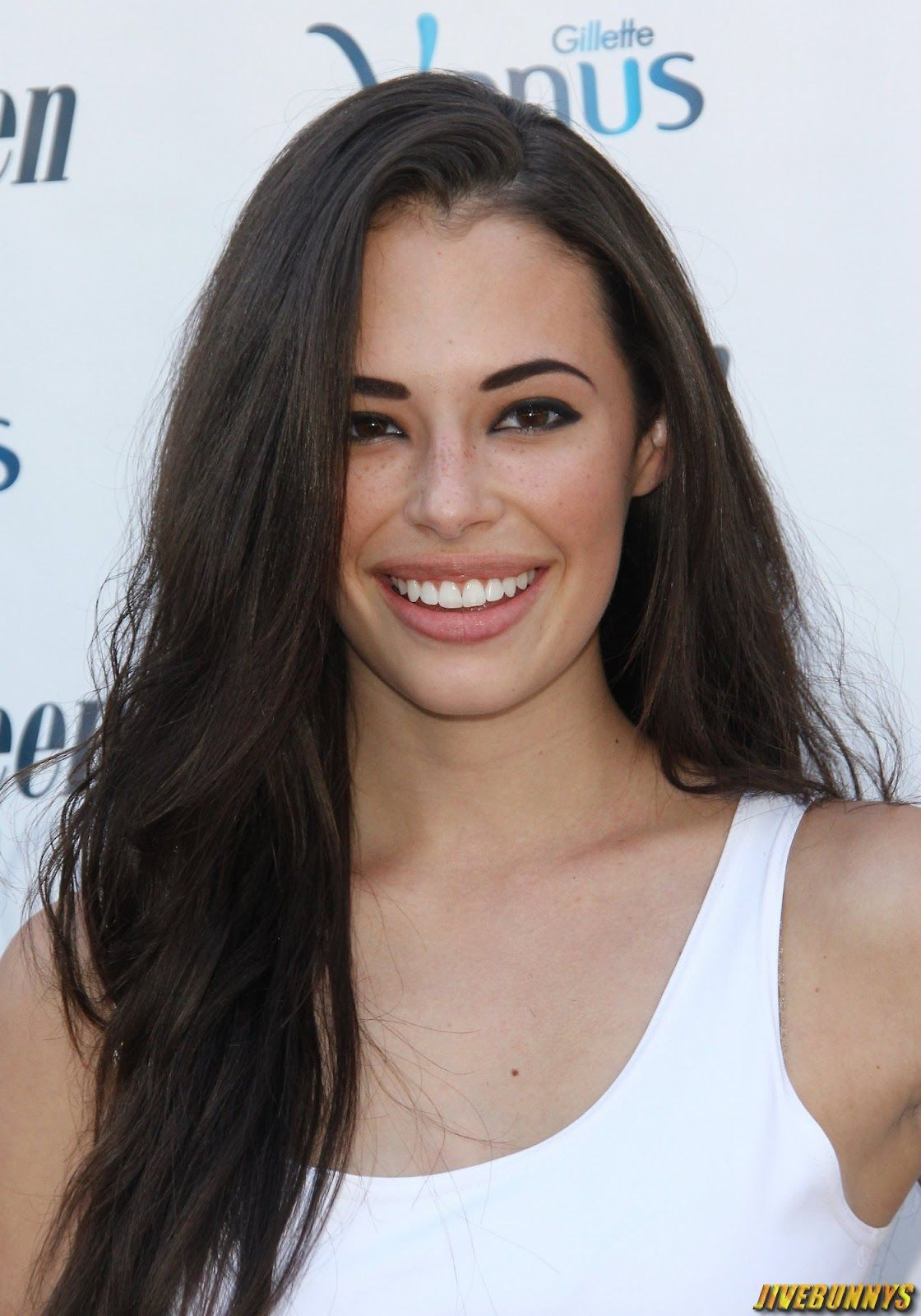 chloe bridges and andy devine