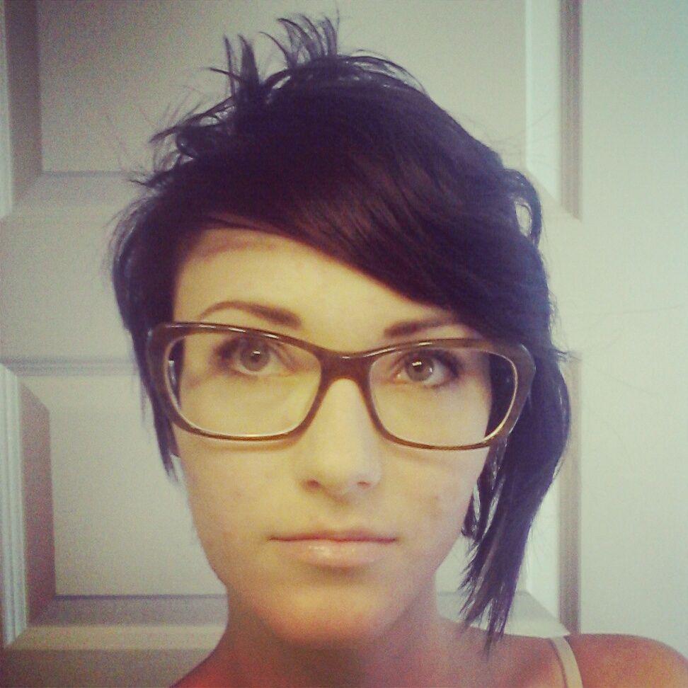 Natasha short hair inspiration from real women shorthairsisters