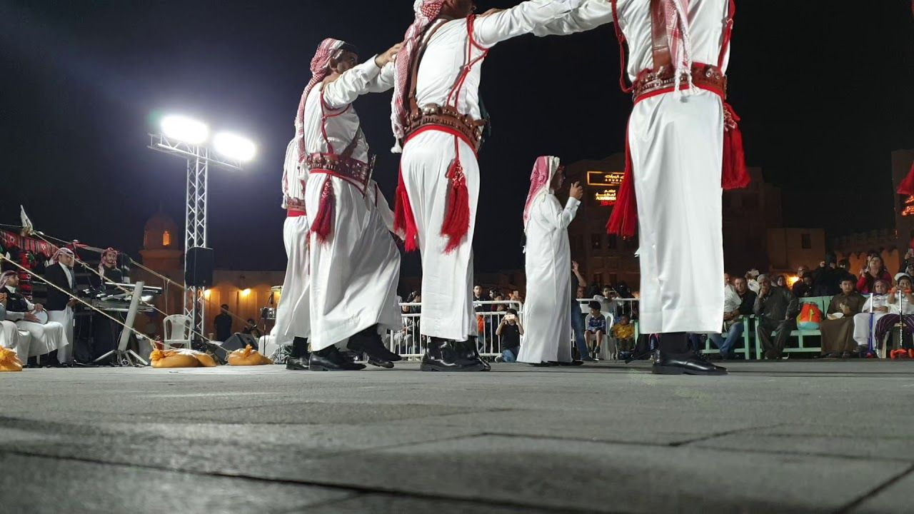 فلكلور اردني فرقة تراث معان في قطر Work Outfits Women Clothes For Women Work Outfit