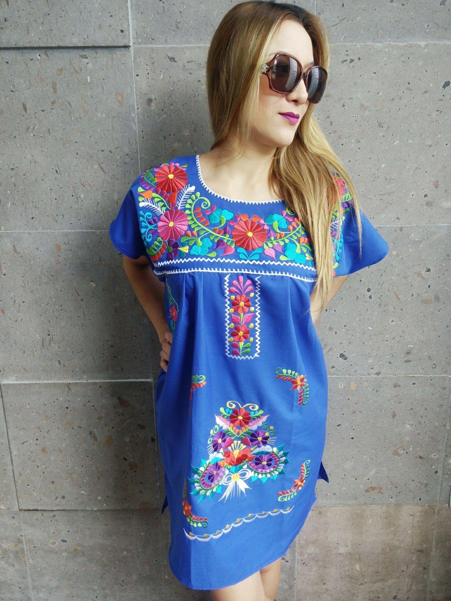 2763a3f6709 Hermosos vestidos mexicanos bordados a mano.