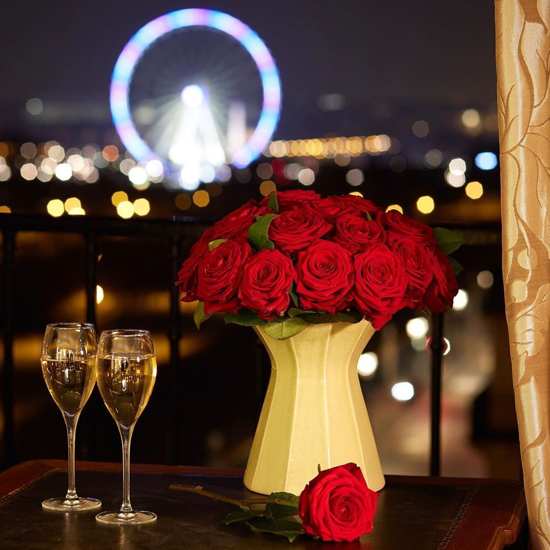 Valentine S Day Offer Enjoy Our Special Offer Of The Moment To Express Your Love For Your Sweetheart In 2020 Hotel Regina Paris Valentines Homemade Valentines