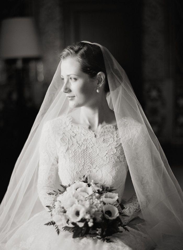 Classic Long Sleeve Wedding Dresses