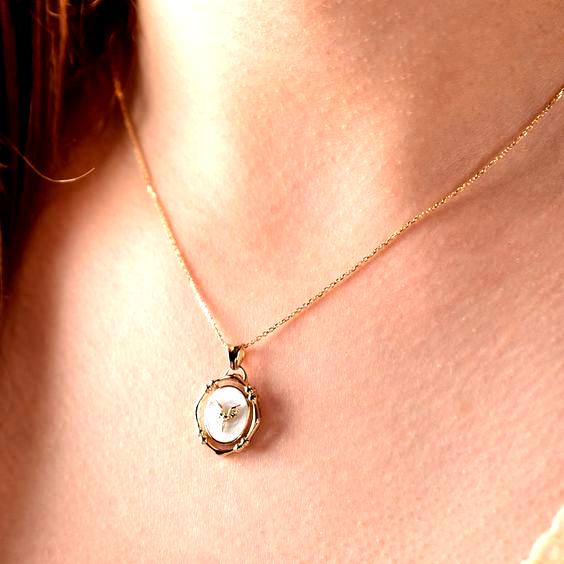 Photo of Diese Engel Halskette ist 14k Solid GOLD (nicht gefüllt oder plattiert). Engel Anhänger Ne …