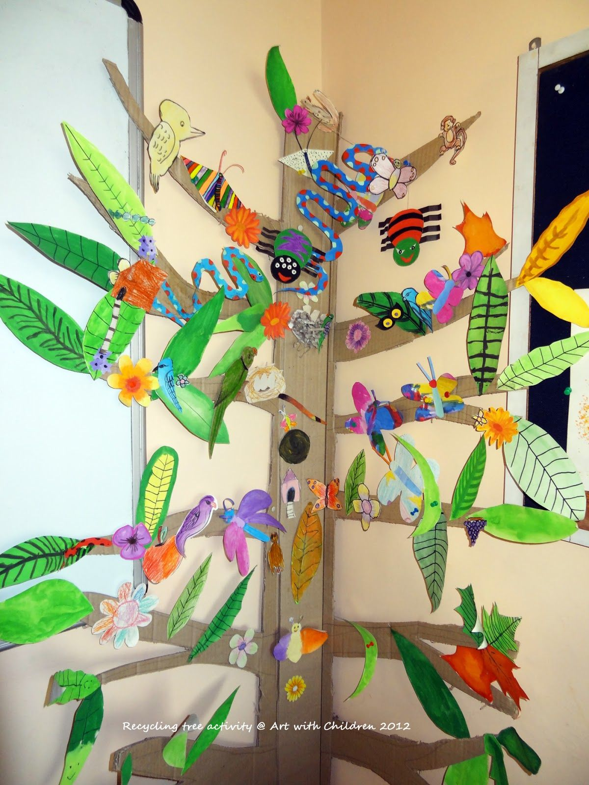 Art with children tree wall display for classroom for Art and craft for school decoration
