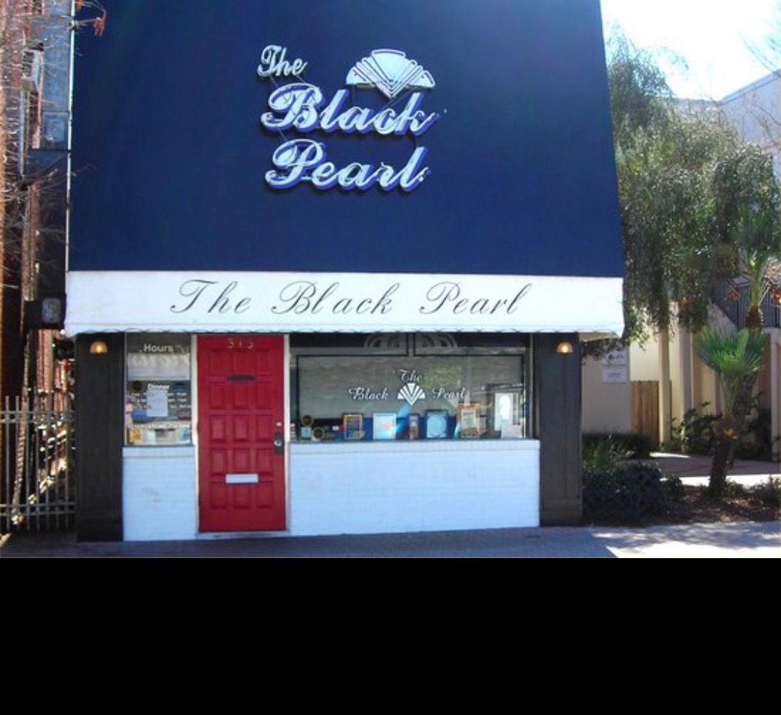 The Black Pearl in Dunedin, Florida. Small, elegant