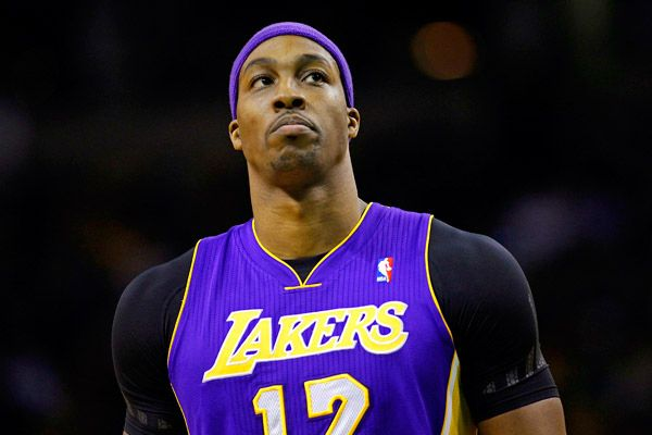 Dwight Howard Returns To Orlando For The First Time Since His Trade To Los Angeles A Jazz Win Pushed The Lakers Bac Fantasy Basketball Dwight Howard Lakers Vs