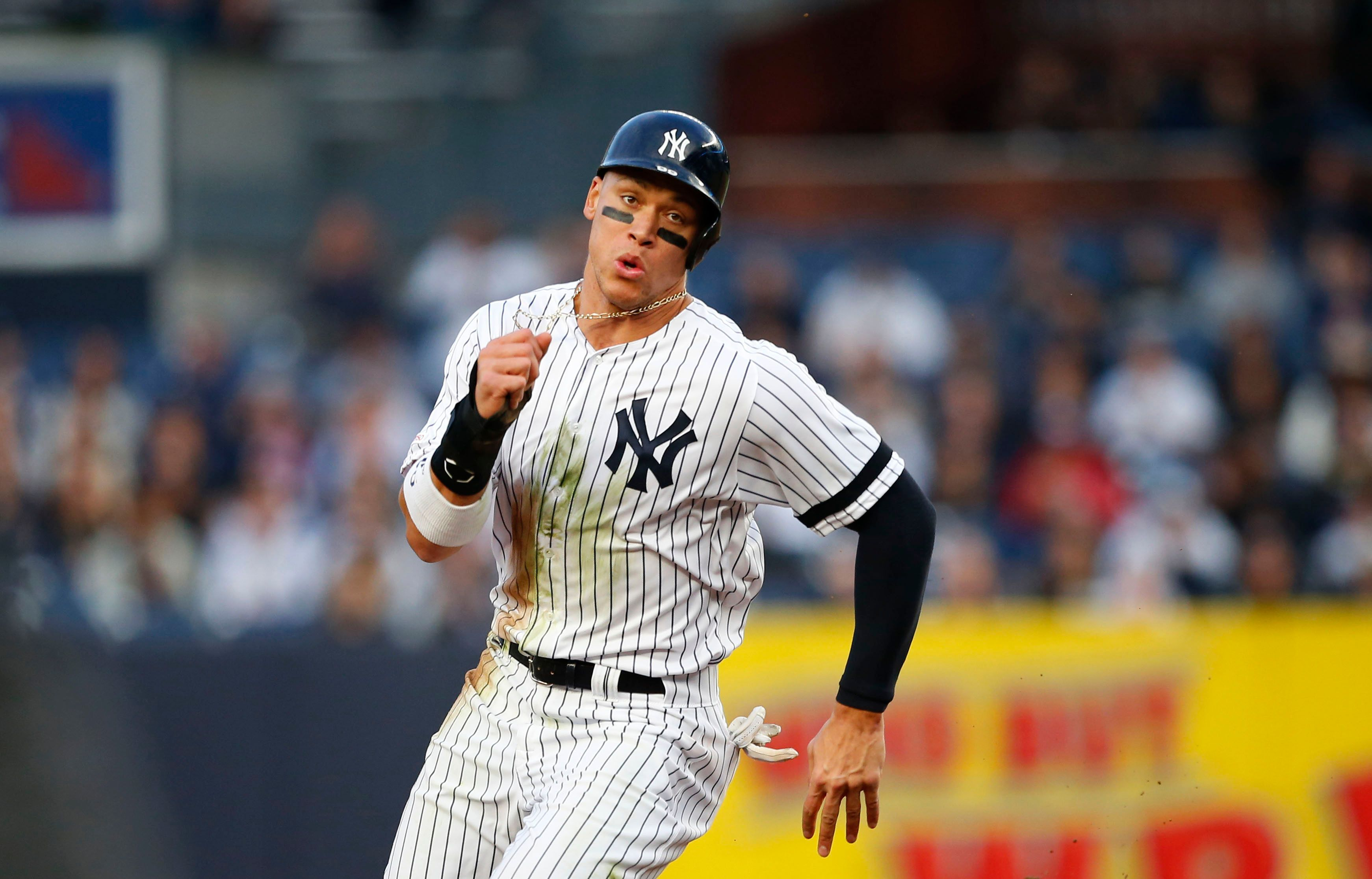 New York Yankees Lose Aaron Judge In Sixth Inning With Oblique Injury Mri Up Next New York Yankees The Outfield Usa Today Sports