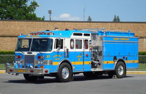 Who said fire trucks had to be red? - Firefighter-EMT.com