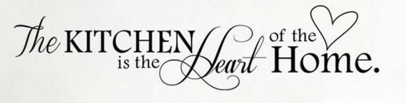 """Kaunis sisustus- /seinätarra keittiöön seinälle, kaappiin tai esim. välitilaan. Pakkauksessa teksti """"Kitchen is the heart of the home"""" ja sydän. Seinätarra kiinnitetään siirtokalvolla, jonka ansiosta teksti on todella helppo siirtää ilman tekstin repeilyä.   Koko: valmis kuva 15cm x 66cm (lopullinen koko riippuu asettelusta)"""