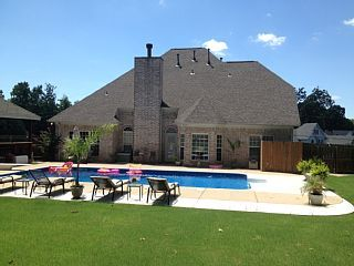 Private 5BR Luxury Poolhouse Retreat... - HomeAway Memphis