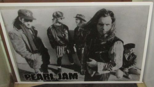 PEARL-JAM-RARE-NEW-NEVER-OPENED-POSTER-MID-2000S-VINTAGE-LIVE-EDDIE-VEDDER