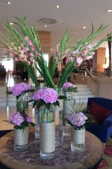 Flowers For Hotels Restaurants And Venues Bloomingamazing Ie Flower Arrangements Flower Decorations Flowers