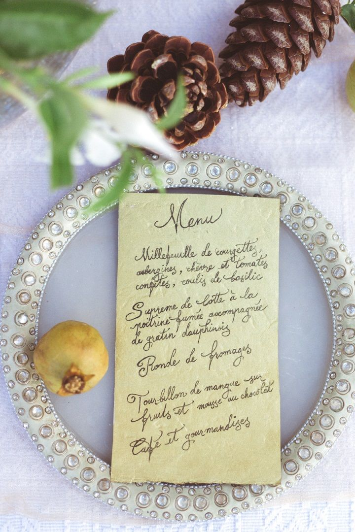 Wedding menu card written in French | fabmood.com #weddingvow #vowrenewal