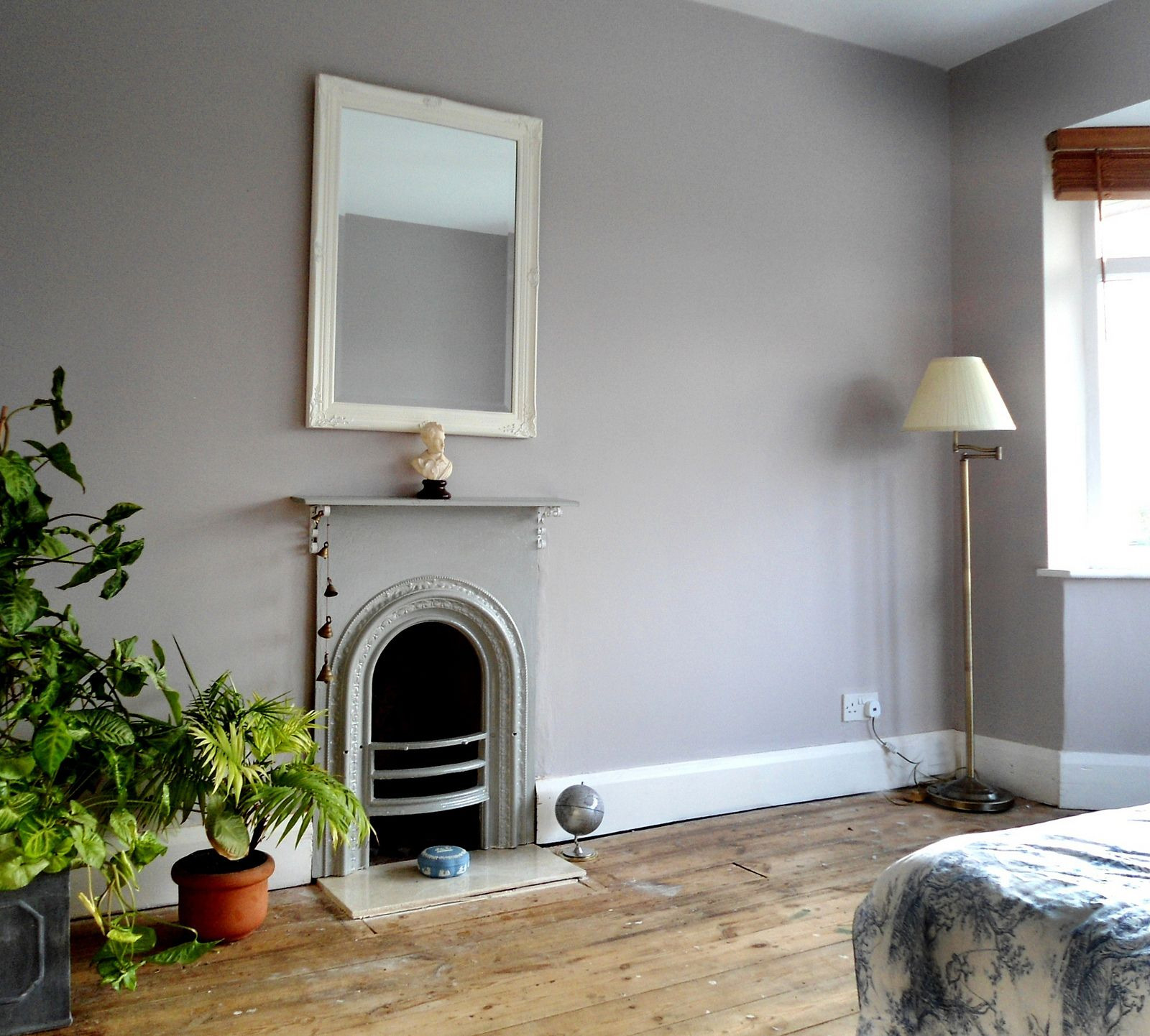 Bedroom Wall Paint Color: 'Chalk Blush' Dulux Paint In 2019