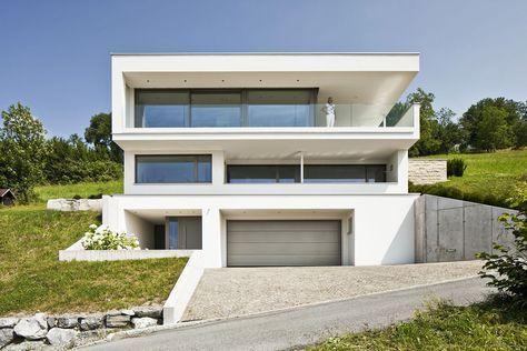 hanghaus einfamilienhaus klaus modern edelstahlpool hanghauser holz
