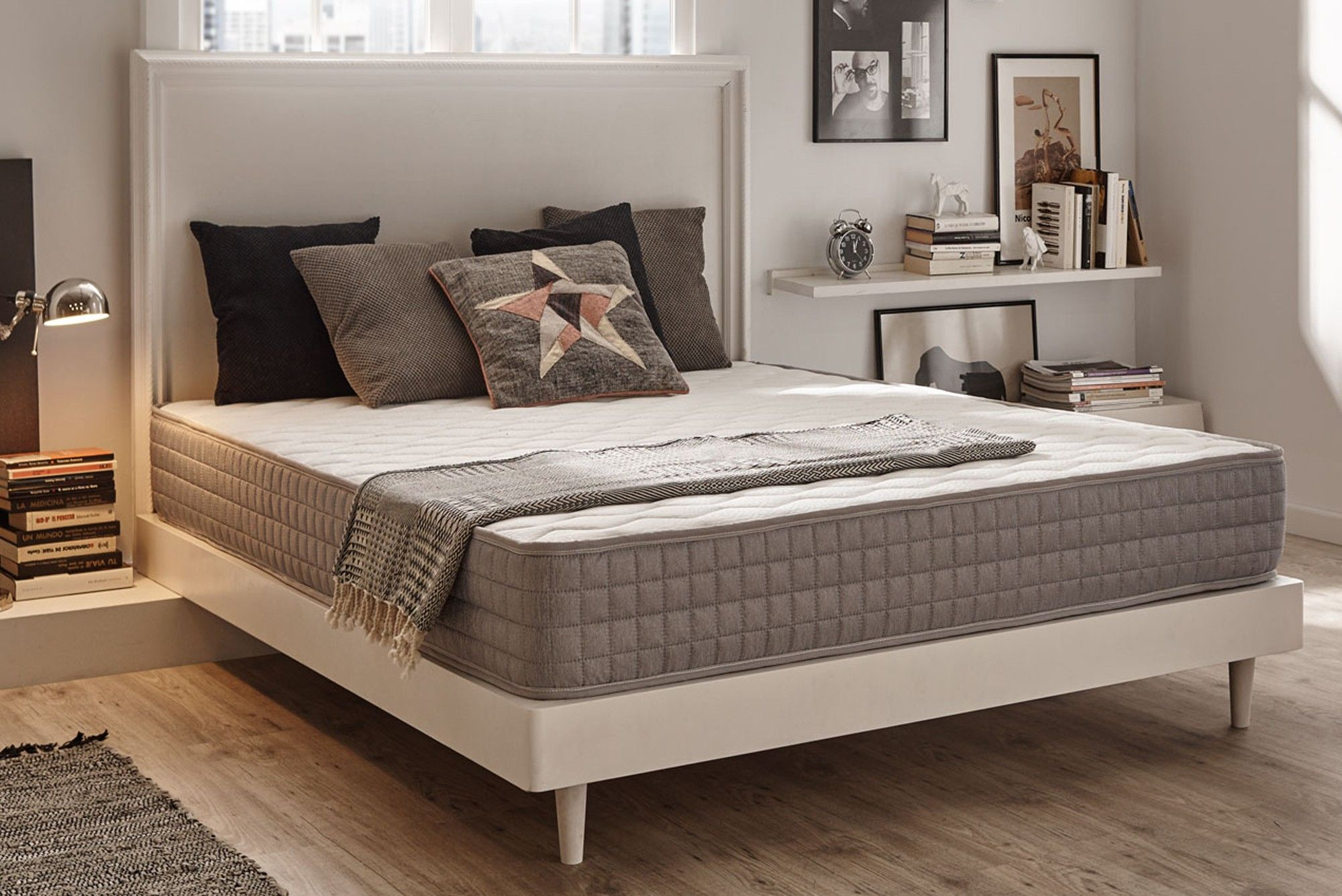 Soldes 126 09 Au Lieu De 523 77 Soit Une Remise De 76 Description Ce Matelas Dispose De Mousse A Memoire De Forme Haute De With Images Home Decor Furniture Decor