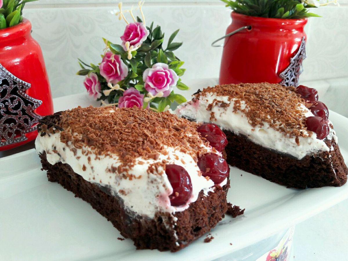 Dondurmalı Kara Orman Pastası