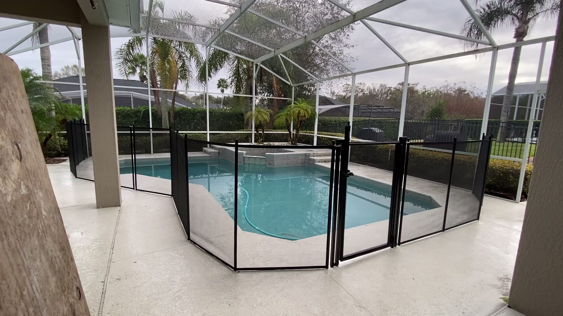 Pool Fence And Pool Gate Installed In Winter Springs Fl By Life Saver Pool Fence Of Central Florida Video In 2020 Pool Fence Pool Gate Florida Pool