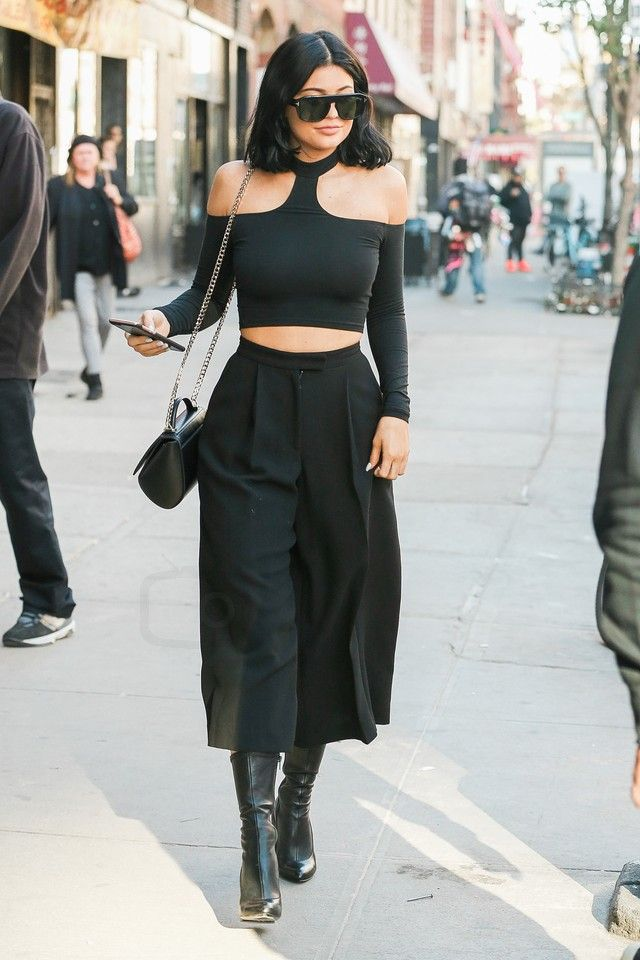 9b1921a48b Kylie Jenner wearing Givenchy Pandora Box Leather Bag, Givenchy Prive  Stretch Nappa Leather Boots, American Apparel Choker Top in Black, Tom Ford  Conrad ...