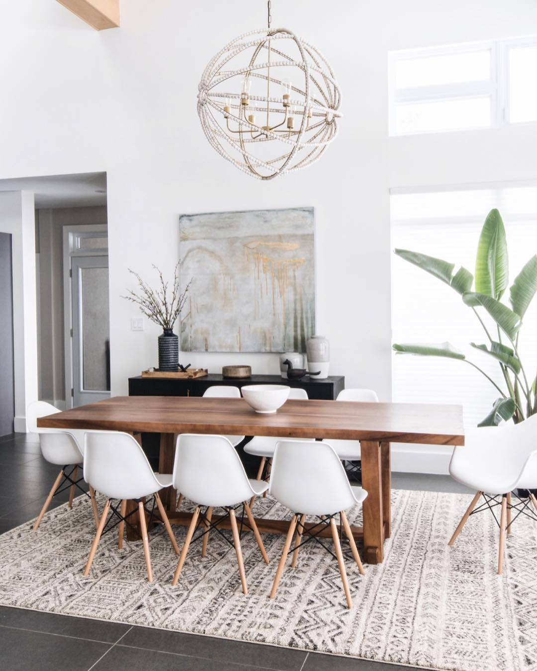 Pin By Teresa West On Diningroom Family Dining Rooms Minimalist