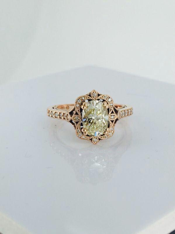 Marion Rehwinkel Jewellery 19ct Oval LFY Diamond set in Rose Gold