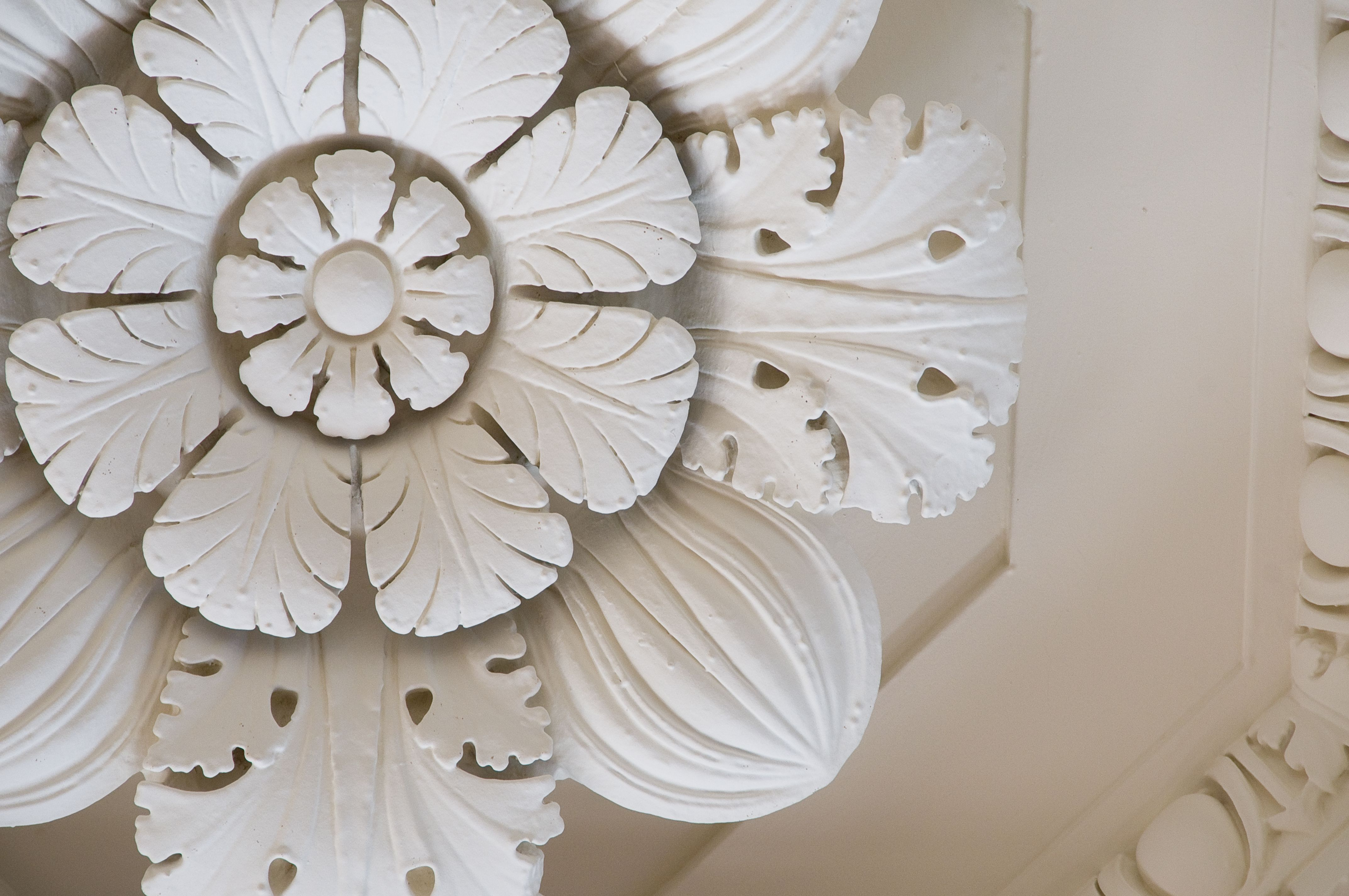 Beautiful Art Deco Ceiling Detail From The Yale Club Main Lounge Yaleclubweddings Wherelove City Wedding Venues Neoclassical Design Ceiling Detail