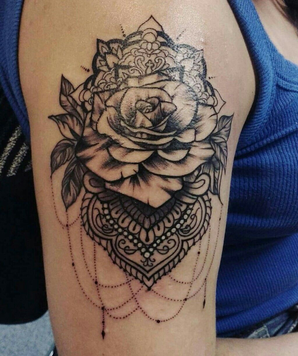 tattoo mandala com rosa tatuagem pinterest mandala. Black Bedroom Furniture Sets. Home Design Ideas
