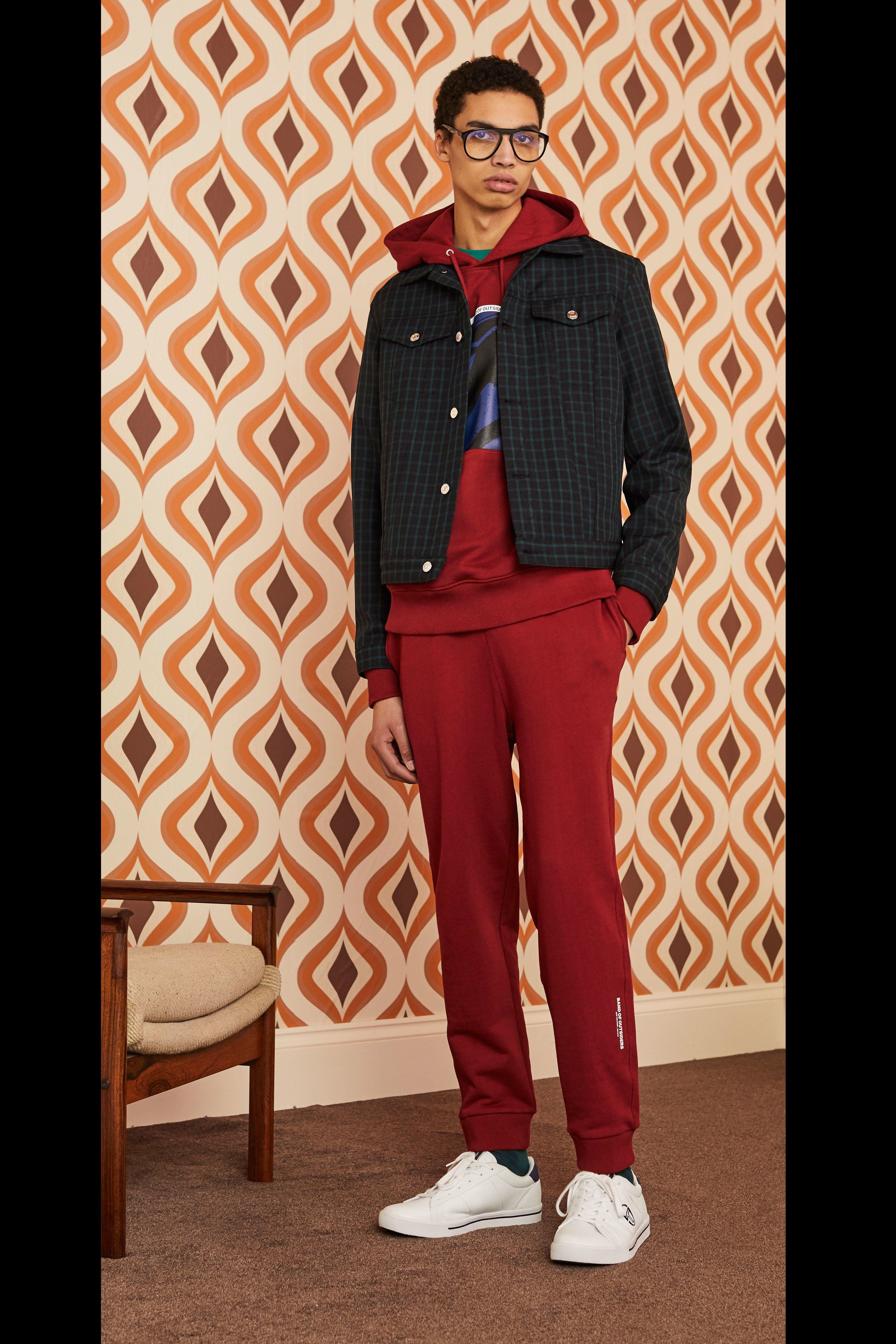 Top 18 90s Fashion Trends For Men: Band Of Outsiders Fall 2019 Menswear Fashion Show