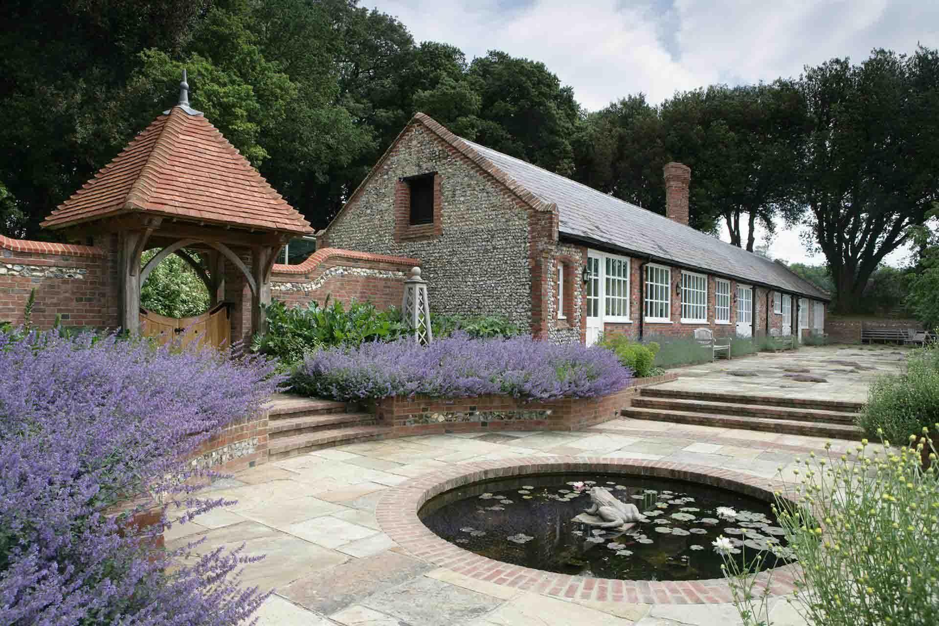 House garden landscape  landscape design for estates  bathroom design   Pinterest