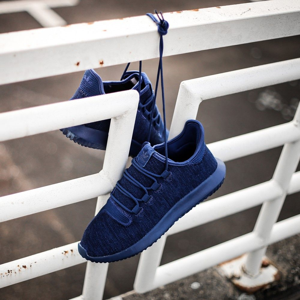 MIDNIGHT ONLINE Adidas Tubular Shadow Knit Mystery Blue / Collegiate Navy  Credit : The Good Will