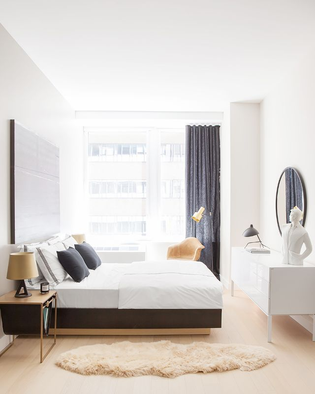 This Stunning Chicago Home Is Only 1000 Square Feet Decoracion Del Hogar Minimalista Minimalismo Decoracion Y Casa Minimalista